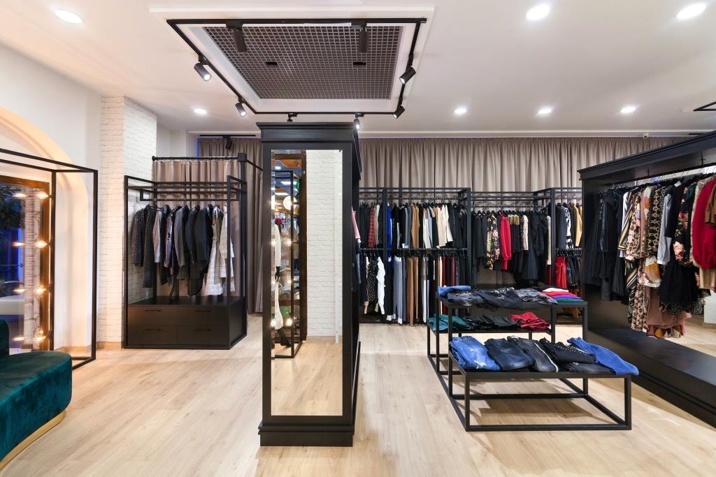 Магазин одягу південний